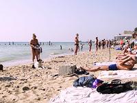 Відпочинок на Чорному морі в Одесі. Пляж Чорноморка